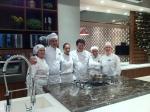 alunos das faculdades de gastronomia