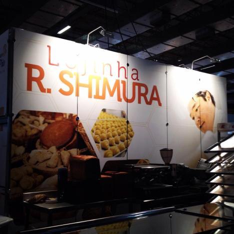Lojinha R. Shimura aberta onde os visitantes poderão adquirir nossos pães, bolos e sanduiches.